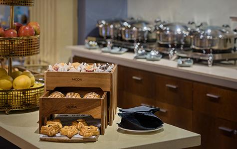 features-breakfast